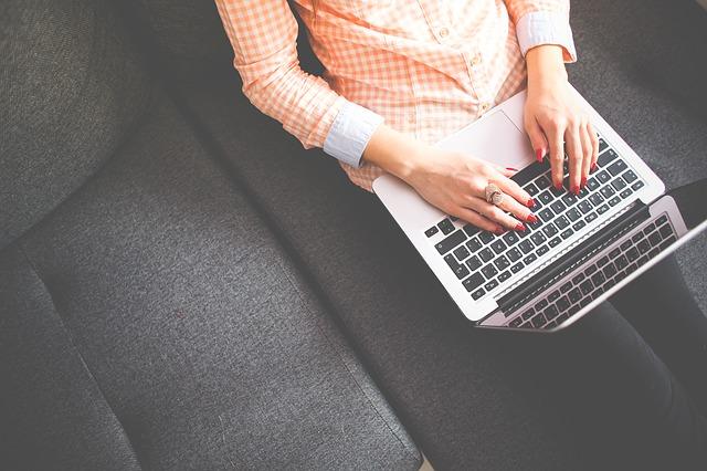 Rédiger sur ordinateur - Vitesse de frappe